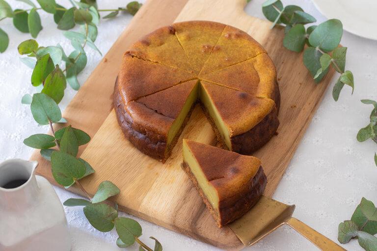 青汁入りベイクドチーズケーキ断面