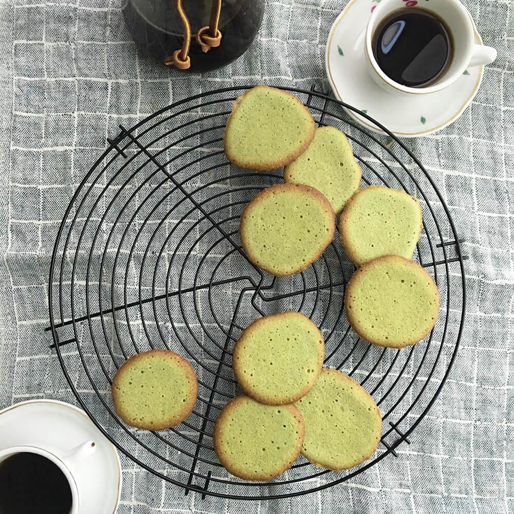 青汁入りラングドシャクッキー